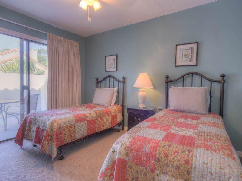 10-TOPS'L-Tennis-Village-Unit-62C-Bedroom