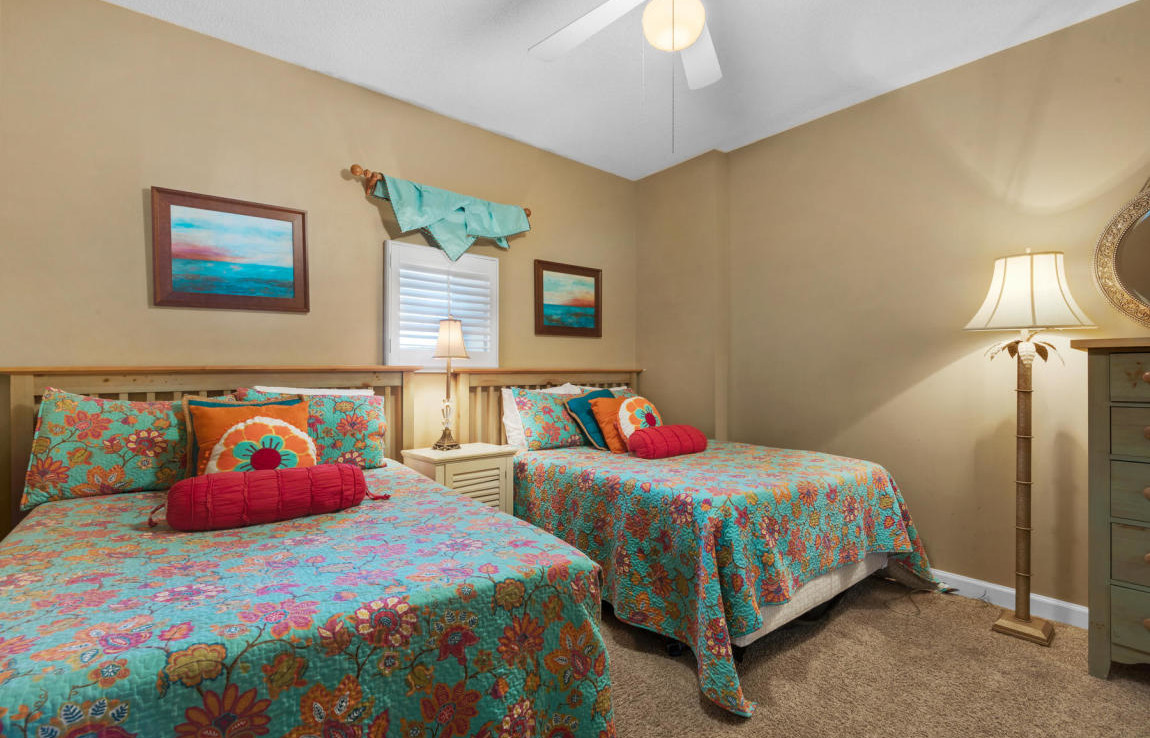 19-Tides-at-TOPSL-Unit-302-Bedroom