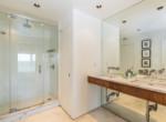 19-TOPS'L-Beach-Manor-Unit-C-606-Bathroom